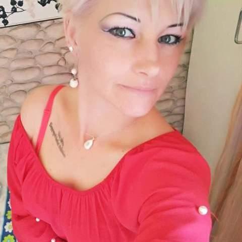 Nikoletta, 42 éves társkereső nő - Petőfibánya