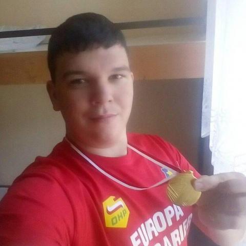 Márk, 25 éves társkereső férfi - Sajószentpéter