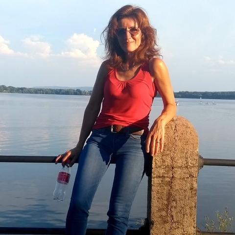 Erzsi, 53 éves társkereső nő - Tatabánya
