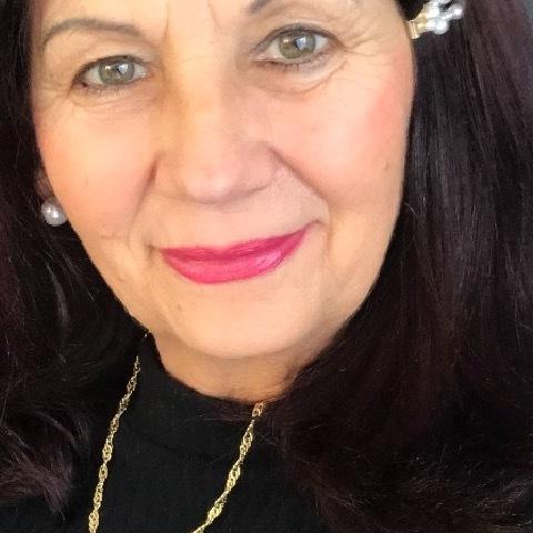 Anna, 59 éves társkereső nő - Veszprém