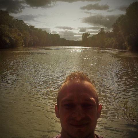 Márkó, 26 éves társkereső férfi - Békéscsaba