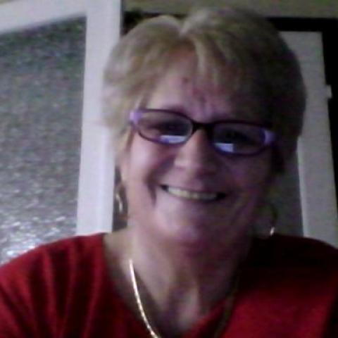 Anna, 71 éves társkereső nő - Mezőkövesd