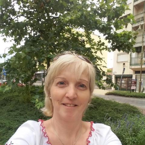 Hajni, 52 éves társkereső nő - Zalaegerszeg