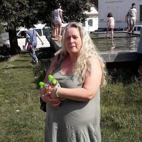 Szilvia, 47 éves társkereső nő - Vác