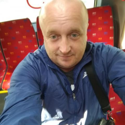 Pisti, 40 éves társkereső férfi - Pozsony