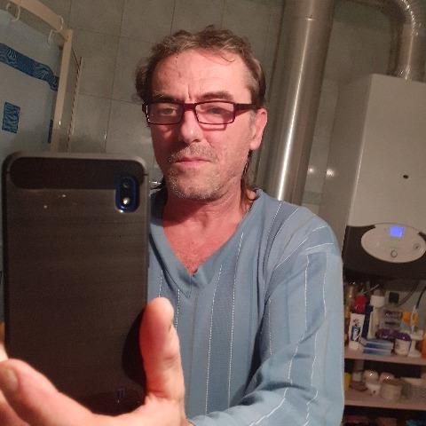 Gabor, 59 éves társkereső férfi - Balmazújváros