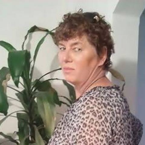 Erzsébet, 62 éves társkereső nő - Tiszaújváros