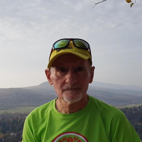 Zoltán, 75 éves társkereső férfi - Budapest