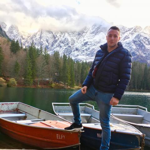 Ádám, 28 éves társkereső férfi - Debrecen