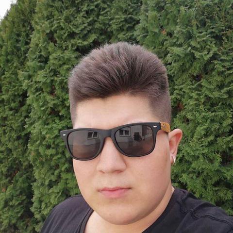 Molnár, 20 éves társkereső férfi - Gesztely