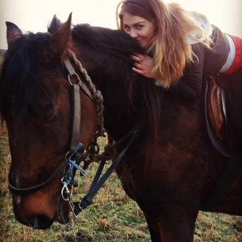 Réka , 26 éves társkereső nő - Debrecen