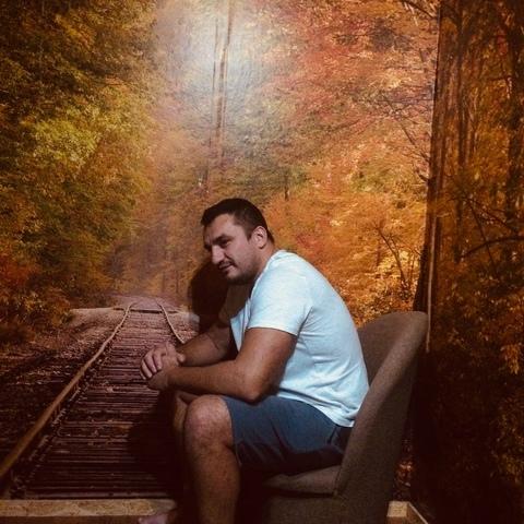 Jani, 40 éves társkereső férfi -