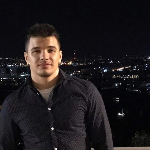 Jonatan, 24 éves társkereső férfi - Debrecen