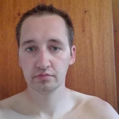 karoly, 31 éves társkereső férfi - Nyíregyháza