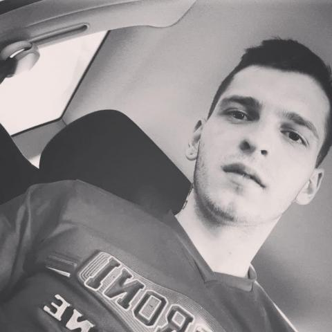 Tomáš, 24 éves társkereső férfi - Kassa
