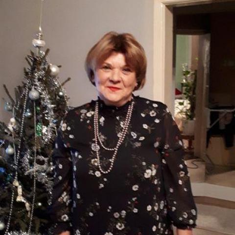 Szilvia, 55 éves társkereső nő - Nyíregyháza