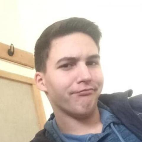 Máté, 20 éves társkereső férfi - Gárdony