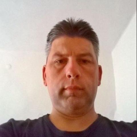 Tibi, 42 éves társkereső férfi - Tóalmás
