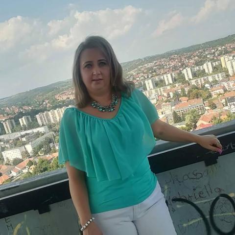 Szilvi, 45 éves társkereső nő - Miskolc