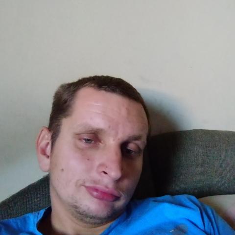 Péter, 30 éves társkereső férfi - Martonvásár