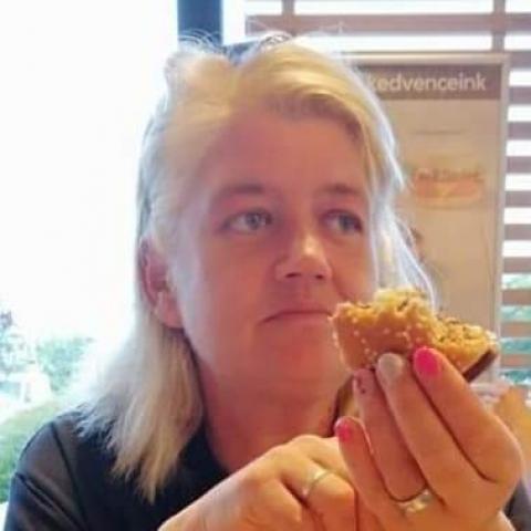Gabriella, 45 éves társkereső nő - Mór