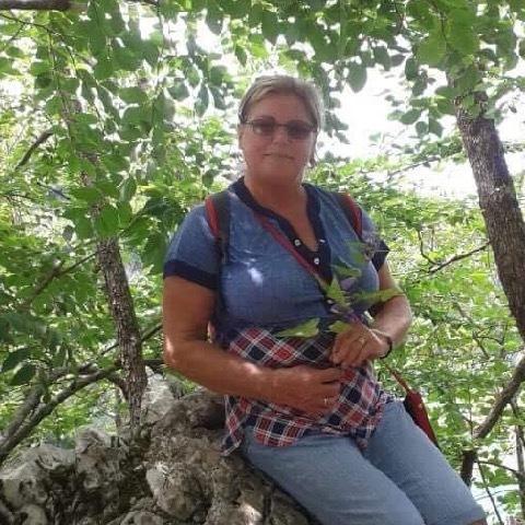 Mariann, 68 éves társkereső nő - Debrecen