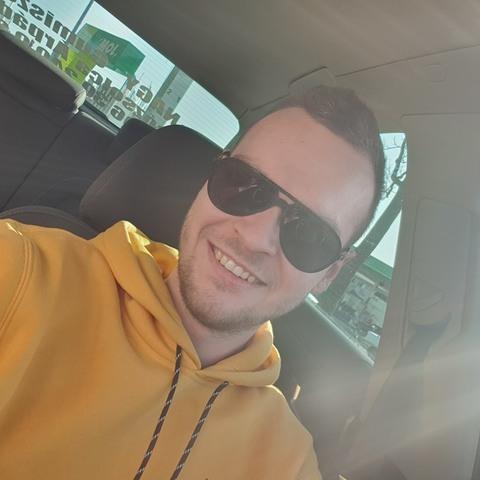 Gábor, 26 éves társkereső férfi - Miskolc