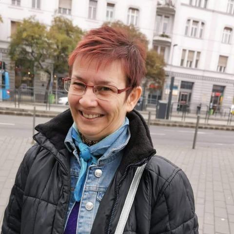 Lívia, 45 éves társkereső nő - Budaörs