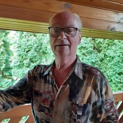 Zoltán, 74 éves társkereső férfi - Kartal