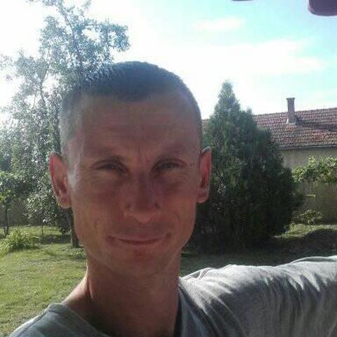 János, 38 éves társkereső férfi - Furta