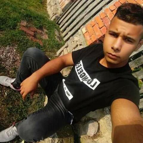 Gabor, 19 éves társkereső férfi - Fony