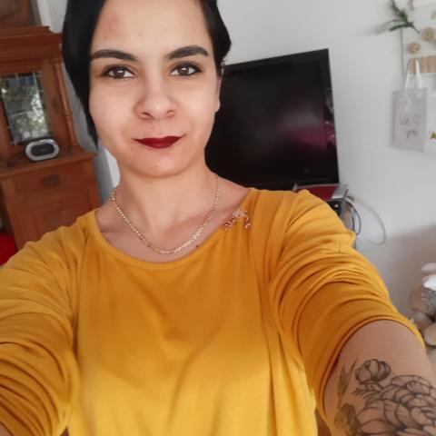 Szilvia, 23 éves társkereső nő - Sátoraljaújhely