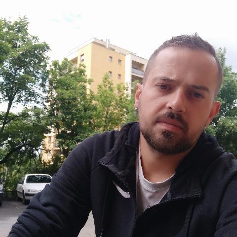 Péter, 29 éves társkereső férfi - Miskolc