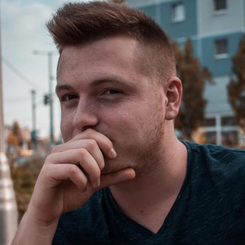 András, 18 éves társkereső férfi - Solymár