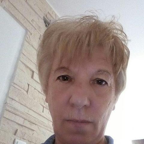 Maca, 67 éves társkereső nő - Szentes