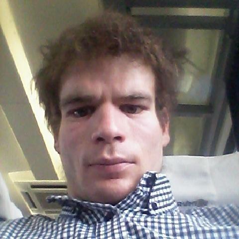 Aron, 31 éves társkereső férfi - Debrecen
