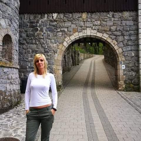 Laura , 40 éves társkereső nő - Miskolc