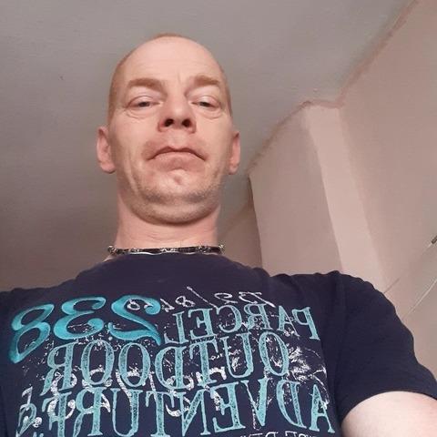 Róbert, 44 éves társkereső férfi - Székesfehérvár