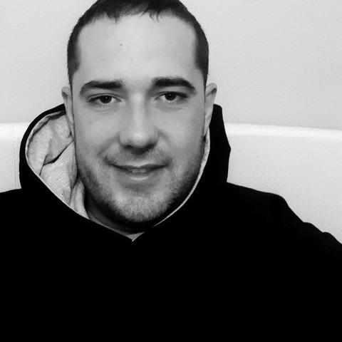 Krisztián, 28 éves társkereső férfi - Szarvas