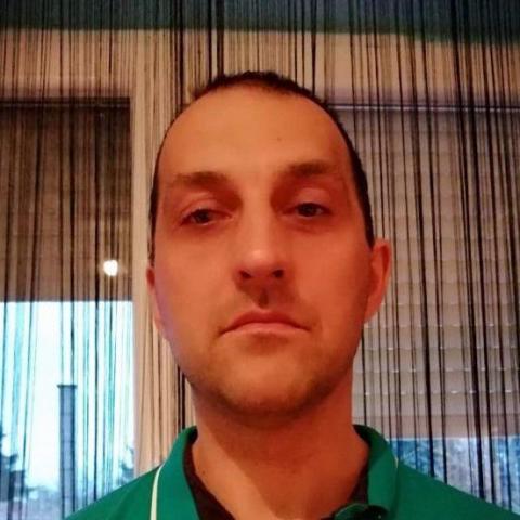 Károly, 42 éves társkereső férfi - Nyíregyháza