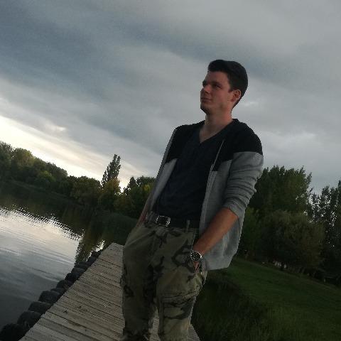 Patrik, 24 éves társkereső férfi - Sopron