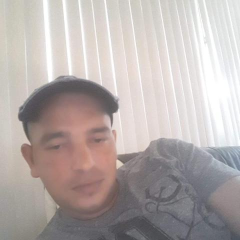 Krisztian, 37 éves társkereső férfi - Sajólád