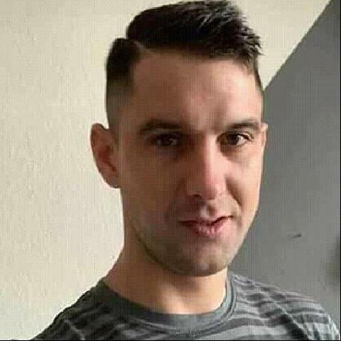 Zsolt, 28 éves társkereső férfi - Debrecen