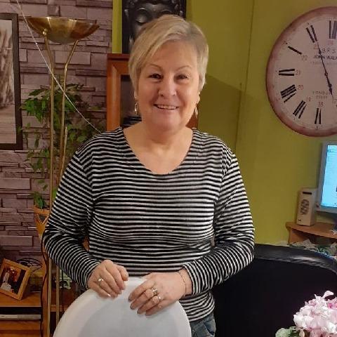 Aranka, 65 éves társkereső nő - Szigetszentmiklós