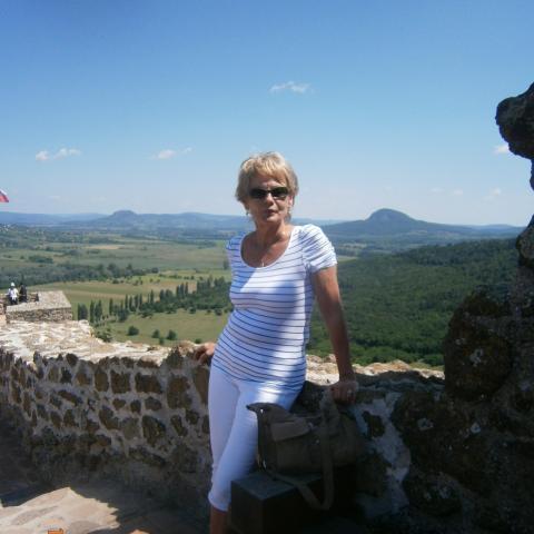 Ildikó, 61 éves társkereső nő - Kaposvár