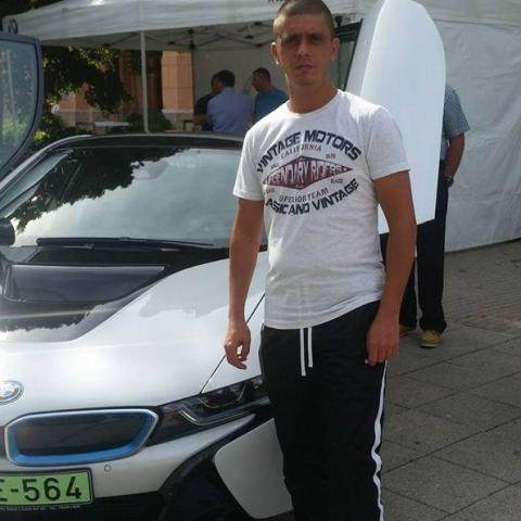 Miklós, 39 éves társkereső férfi - Szarvas