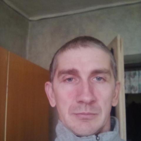 Norbi, 34 éves társkereső férfi - Tiszacsege