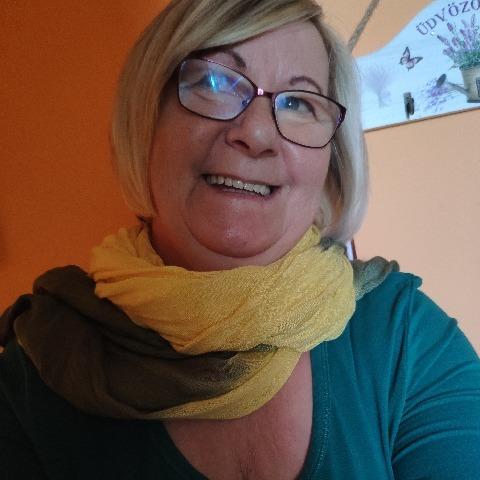 Marcsi, 62 éves társkereső nő - Makó