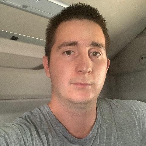 János, 26 éves társkereső férfi - Debrecen