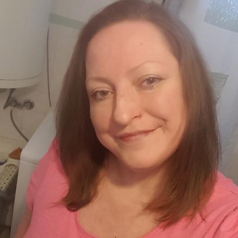 Andrea, 45 éves társkereső nő - Gyöngyössolymos